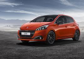 2017 Peugeot 208 orange