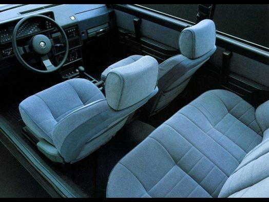 Alfa 90 Oro interior. (c) weilinet